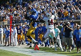 College Football Photos - San Jose State Spartans - James Jones catches a touchdown pass against Stanford in 2007 at Spartan Stadium.