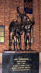 College Football Photos - Notre Dame Fighting Irish - Ara Parseghian Statue
