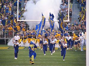 College Football Photos - Delaware Fightin' Blue Hens - The University of Delaware Fightin' Blue Hens are an NCAA FCS (formerly Div I-AA) football program in the Colonial Athletic Association.