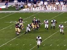 College Football Photos - Eastern Michigan Eagles - Eastern Michigan playing the Pittsburgh Panthers in 2007.