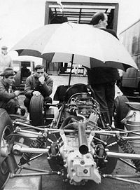 Motorsports Photos - Jim Clark - Jim Clark in the Lotus pit at the German GP 1964