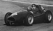 Motorsports Photos - Mike Hawthorn - Hawthorn drove his Ferrari at the 1958 Argentine Grand Prix.