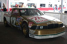 Motorsports Photos - Bobby Allison - 1988 racecar