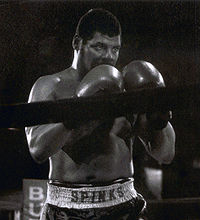 Boxing Photos - Leon Spinks