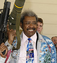 Boxing Photos - Don King