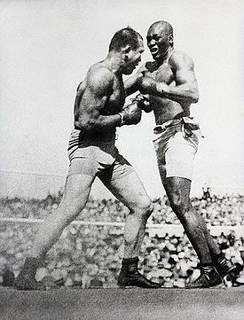 Boxing Photos - Jack Johnson - Johnson's fight against Jeffries
