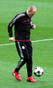 Soccer Photos - Arjen Robben - Robben with Bayern.