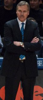 Basketball Photos - Mike D'Antoni - D'Antoni coaching the New York Knicks in 2009.