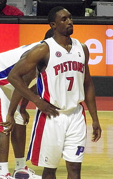 Basketball Photos - Ben Gordon