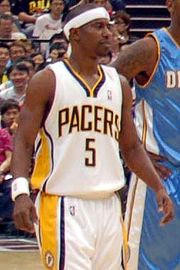 Basketball Photos - T. J. Ford - Ford with the Pacers.