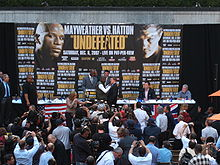 Boxing Photos - Floyd Mayweather Jr - Press Conference in NYC for the Mayweather-Hatton fight