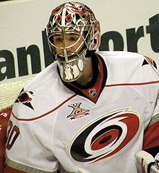Hockey Photos - Cam Ward