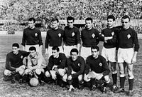Soccer Photos - Acf Fiorentina - The first Italian champion Fiorentina