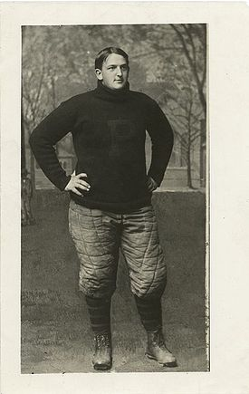 College Football Photos - Big Bill Edwards