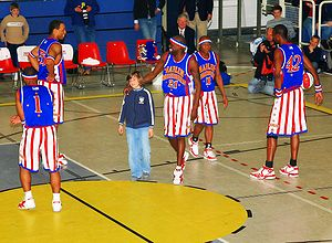 Basketball Photos - Harlem Globetrotters - Globetrotters playing with spectators