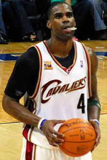 Basketball Photos - Antawn Jamison