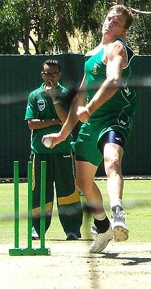 Sports Photos - Morne Morkel - Morkel bowling in the Adelaide Oval nets