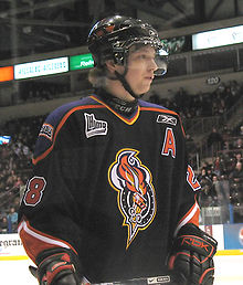 Hockey Photos - Claude Giroux (Ice Hockey) - Giroux playing for Gatineau in 2007.