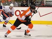 Hockey Photos - Mike Richards - Richards in a game vs. the New York Islanders