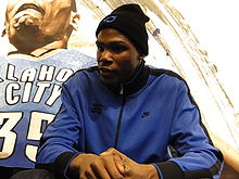 College Basketball Photos - Kevin Durant - Kevin Durant at the House of Hoops.