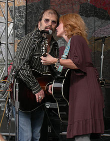 Motorsports Photos - Steve Earle - Steve Earle and Allison Moorer at Bumbershoot