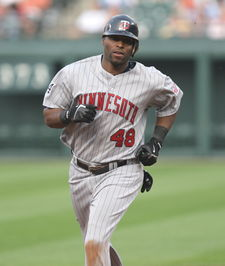 Baseball Photos - Torii Hunter - Hunter during his tenure with the Minnesota Twins in 2006.