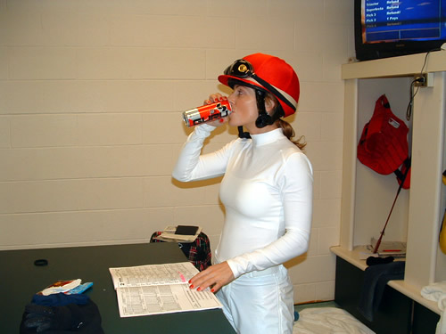 Horse Racing Photos - Chantal Sutherland - Chantal Sutherland (born February 23, 1976 in Winnipeg, Manitoba) is a Canadian model and jockey in North American Thoroughbred horse racing.