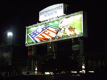 Football Photos - 2009 SUPER BOWL XLIII - Raymond James Stadium at night