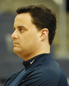 College Basketball Photos - 2008 NCAA Men's Division I Basketball Tournament - Xavier coach Sean Miller during a practice before a tournament game