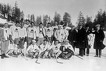 Hockey Photos - Ice Hockey At The 1928 Winter Olympics - 1928 Olympic Gold Medal winning Canadian men's ice hockey team