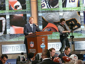 Football Photos - 2010 NFL Draft - Commissioner Roger Goodell announcing a pick.
