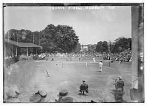 Tennis Photos - 1913 U.S. National Championship (Tennis) - Tennis Finals Newport 1913 - McLoughlin serving