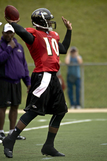 Football Photos - Troy Smith - Smith during the Baltimore Ravens 2008 training camp
