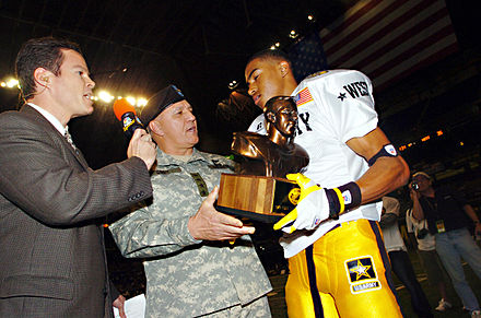 Football Photos - Desean Jackson - Jackson receiving the 2005 Pete Dawkins MVP trophy after the U.S. Army All-American Bowl