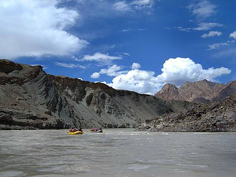 Sports Photos - White Water Rafting - Rafting in Ladakh, India