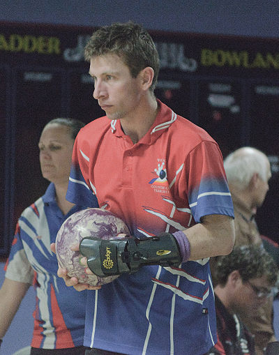 Sports Photos - Bowling - A full-fledged bowling glove