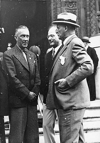 "Olympics Photos - 1936 Summer Olympics - Avery Brundage meeting NSDAP mayor of Berlin Julius Lippert and IOC German Secretary <a href=""/w/index.php"