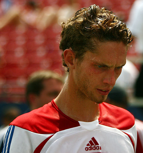 Soccer Photos - Clarence Goodson - Clarence Goodson FC Dallas