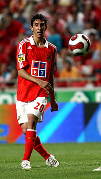 Soccer Photos - Angel Di Maria - Di María with Benfica in 2007