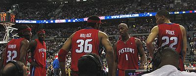 Basketball Photos - Detroit Pistons - Pistons' Starting five (2004).