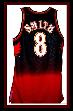 Basketball Photos - Atlanta Hawks - Steve Smith was one of the Hawks' cornerstone players during the mid-to-late 1990s